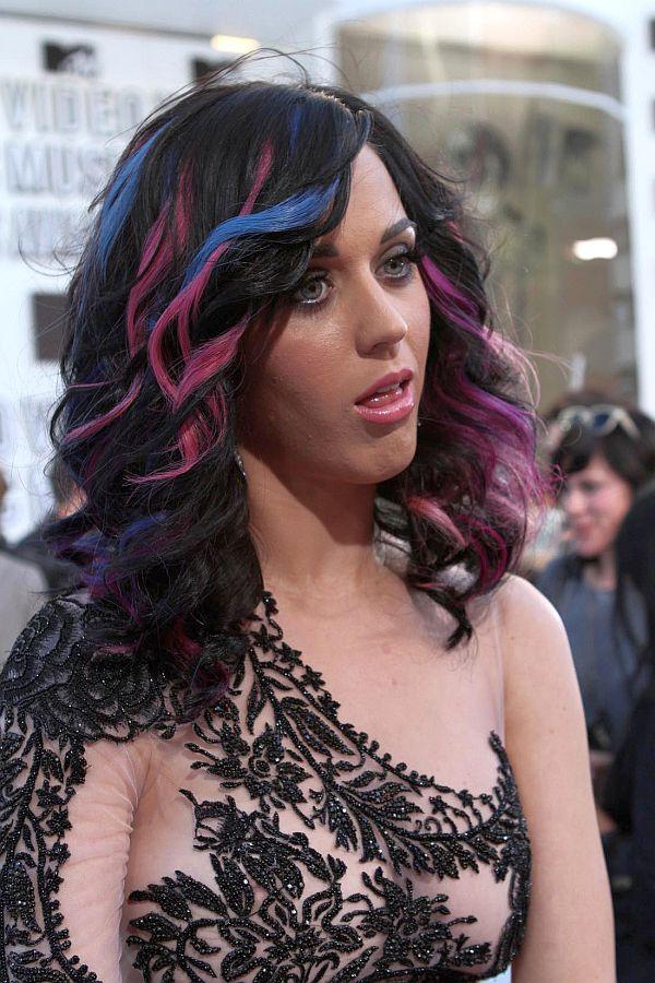 Katy Perry Nipple Peek In See Through Dress  Beautiful Girl-7547