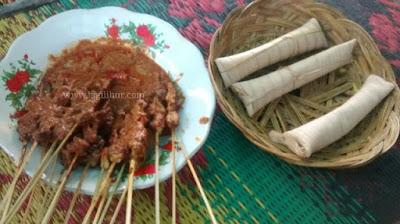 sate bulayak, kuliner khas lombok