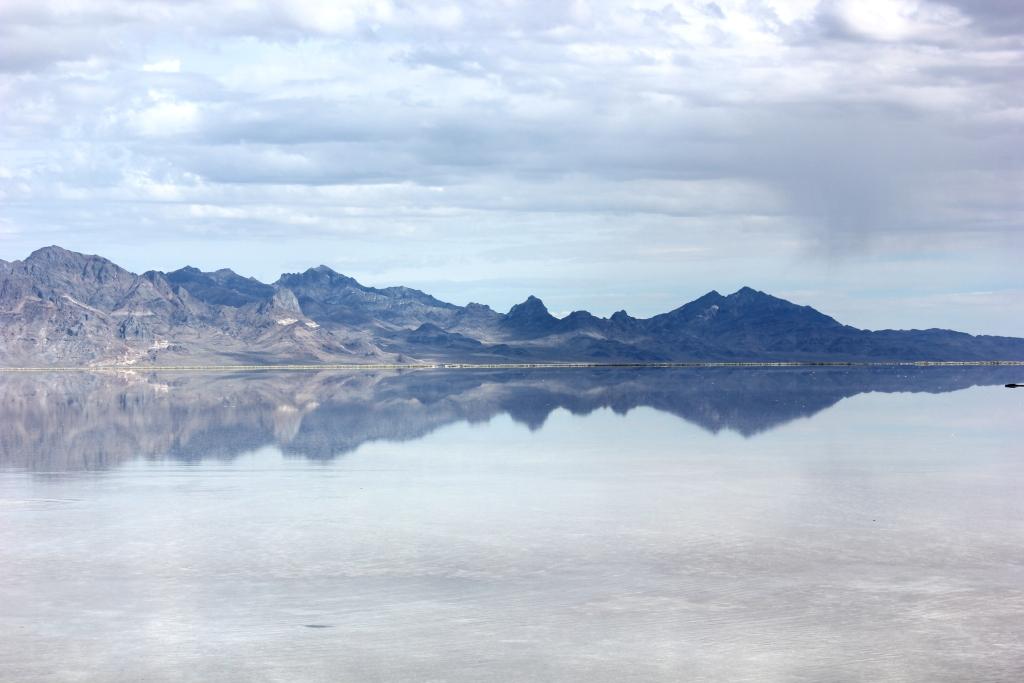 White Cedar Inn Today Bonneville Salt Flats : ink2Bblot2B3 from whitecedarinn.blogspot.com size 1024 x 683 jpeg 258kB