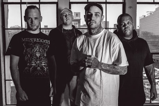 EMMURE - Release First Video Update From Vans Warper Tour