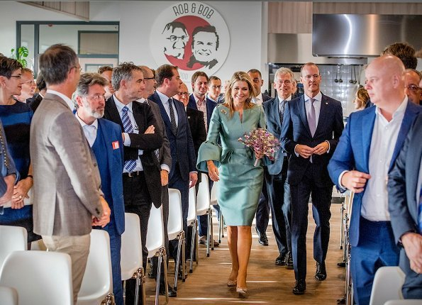 Honorary chair of the King Willem I foundation. Queen Maxima wore a silk-satin dress by Belgian fashion house Natan