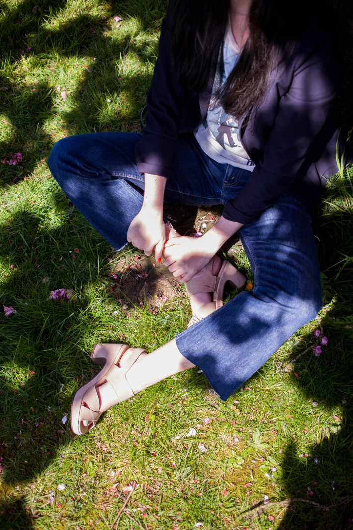 cropped denim, Wonders platform sandals