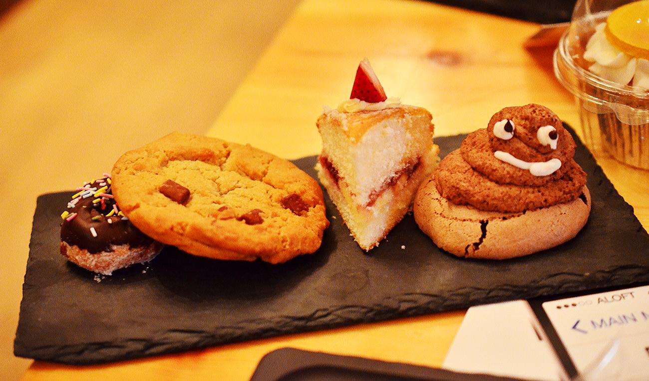 emoji desserts