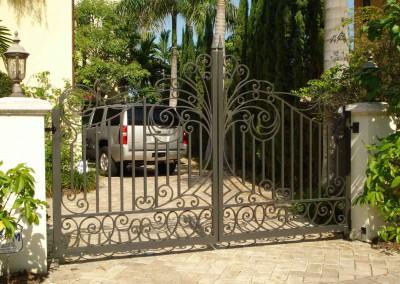 model pagar besi tempa pintu gerbang | wrought iron gate ...
