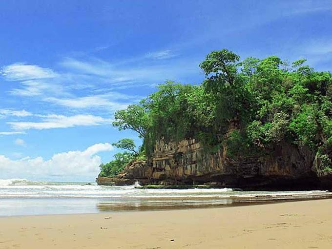101+ Wisata Trenggalek,, Pantai Pelang Trenggalek Jawa Timur