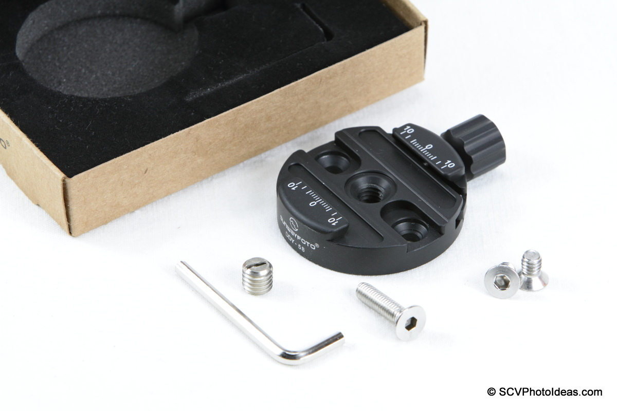 Sunwayfoto DDY-58 Discal QR Clamp box contents
