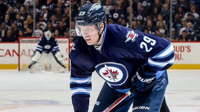 Assistir a um jogo de hóquei no gelo no Canadá - Winnipeg Jets