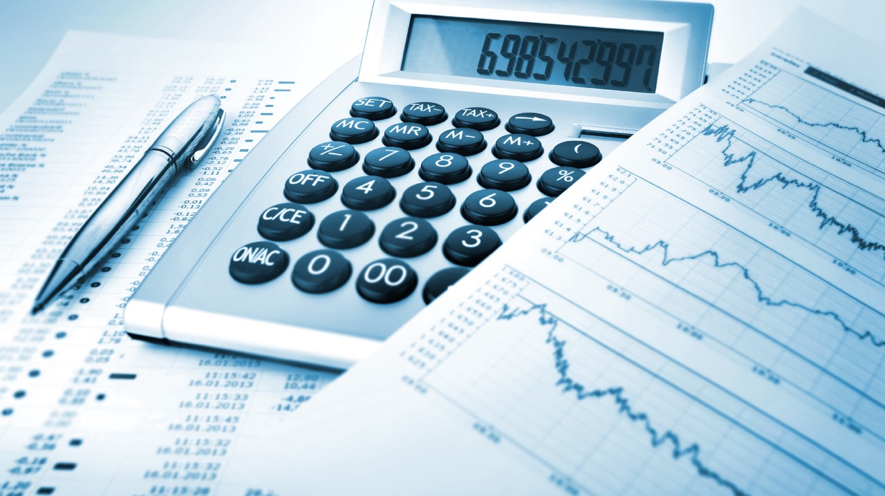 factors to consider when selecting sources of business finance Types and sources of financing for commercial finance companies commercial finance companies may be considered when the business is unable to secure financing.