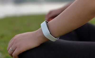 Sensmi Smart Wristband