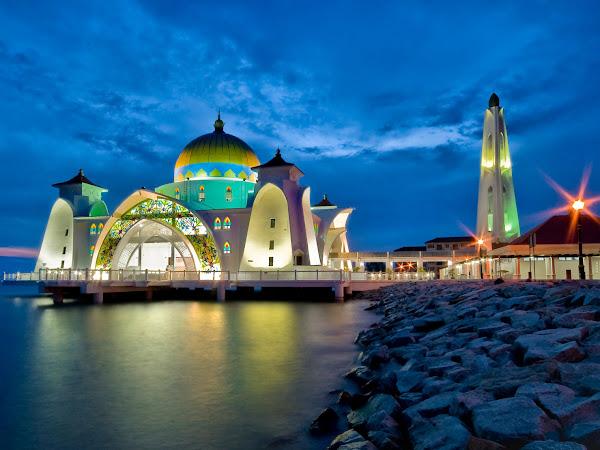 Jalan-Jalan Hemat ke Malaysia, Bisa Banget!