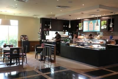 فندق بريمير ان مجمع دبي للإستثمار