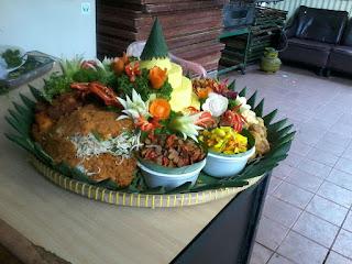 Pesan Nasi Tumpeng Di Jakarta Selatan 08118888516