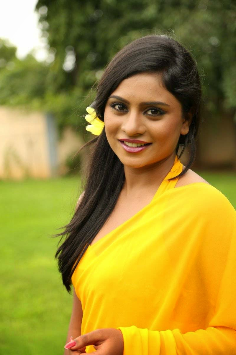 Actress Deepika Das Latest Cute Hot Transparent Exclusive Yellow Saree Navel Show Spicy Photos Gallery From Ee Manase Telugu Movie