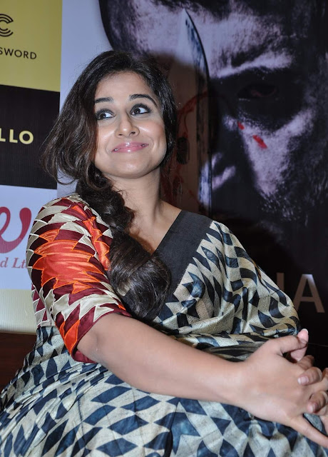 Vidya Balan in Traditional Saree At Piyush Jha Book Launch