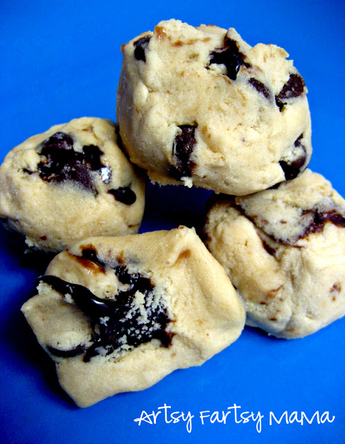 Chocolate-Filled Cookie Dough at artsyfartsymama.com