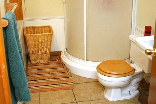 model kamar mandi sederhana