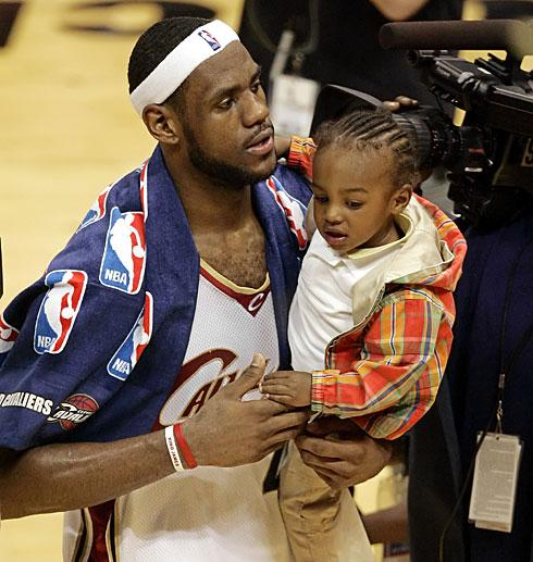 Sports Stars Celebrity Lebron James S Family Background