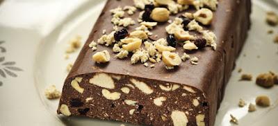 Κορμός σοκολάτας με χαλβά, φουντούκια και σταφίδες, νηστίσιμος! (Συνταγή)