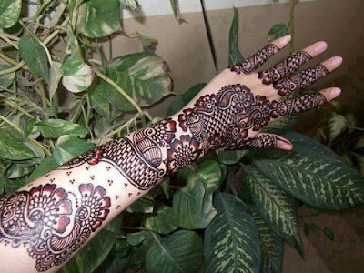 New-simple-eid-mehndi-designs-2017-for-hands-with-images-5