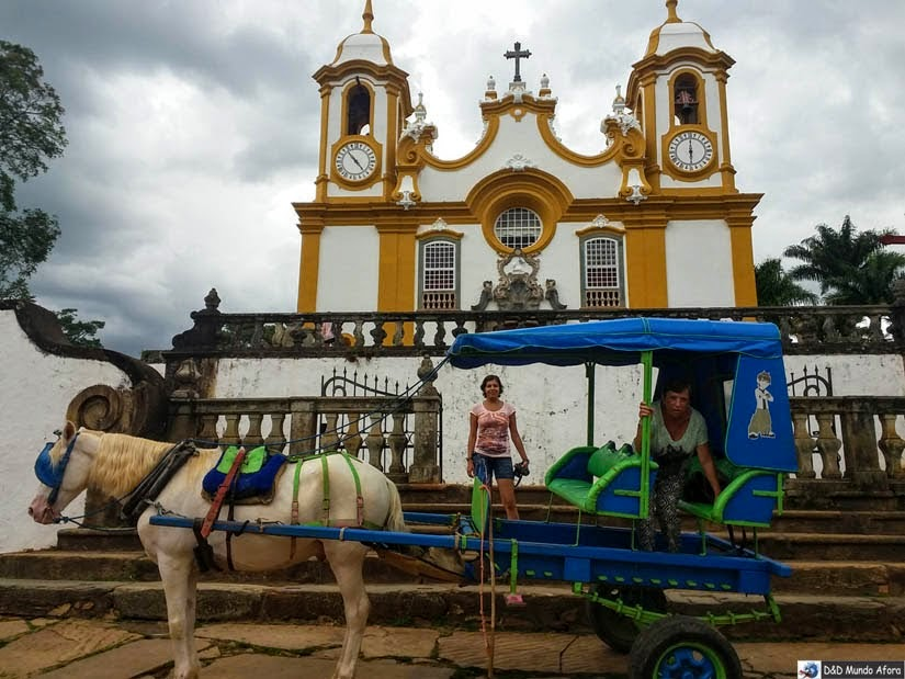 O que fazer em Tiradentes (MG) - passeio de charrete - Matriz
