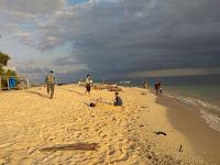 Pasir Pantai Putih Samalona