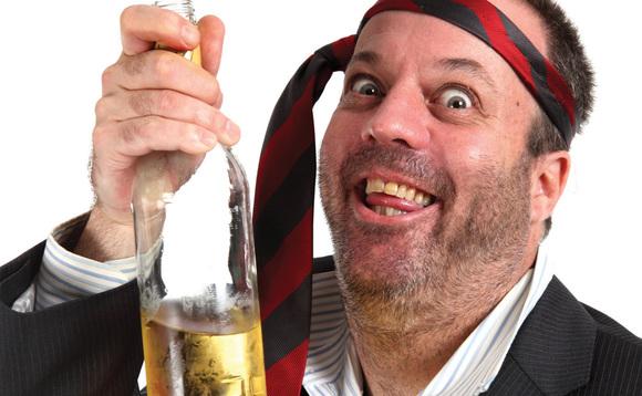 Bebes Mucho Alcohol: Un Estudio Menciona que El Ejercicio Puede Reducir los Riesgos de Enfermedad por Alcohol Para la Salud