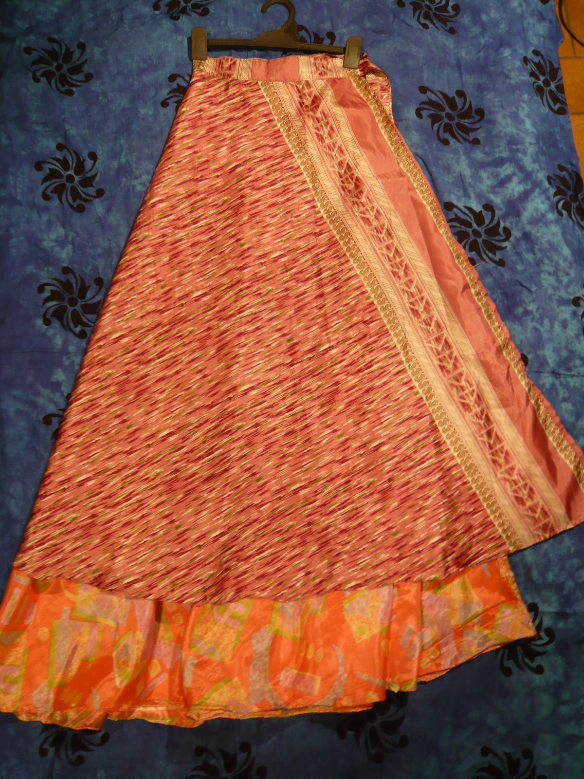bdd02f2cd Pollera Larga Seda Hindu   Wig Elegance