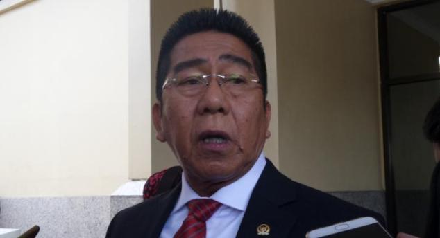Temui Pejabat Polri, Henry Yoso Minta Rizieq Shihab Ditangkap