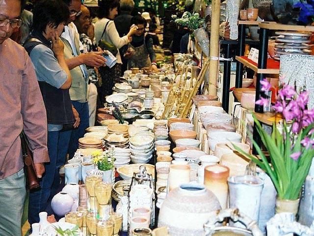 Spring Market of Hagi pottery ware, Hagi City, Yamaguchi Pref.