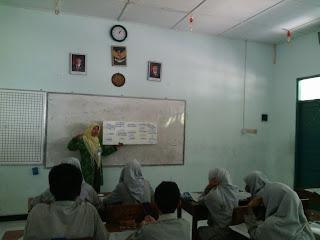 KBM Qur'an Hadis MTs N Lab UIN