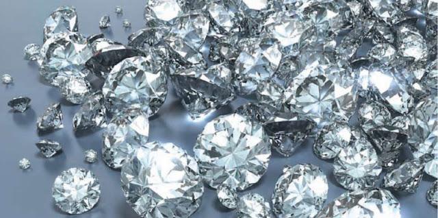 Diamantes y minerales