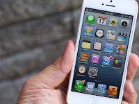 iPhone 5: Telepon, Komputer, Kalender, Kamera dan Kartu Kredit