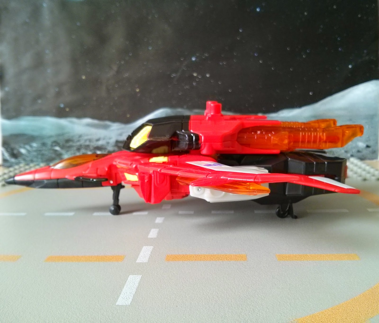 Generations Starscream jet mode from the side