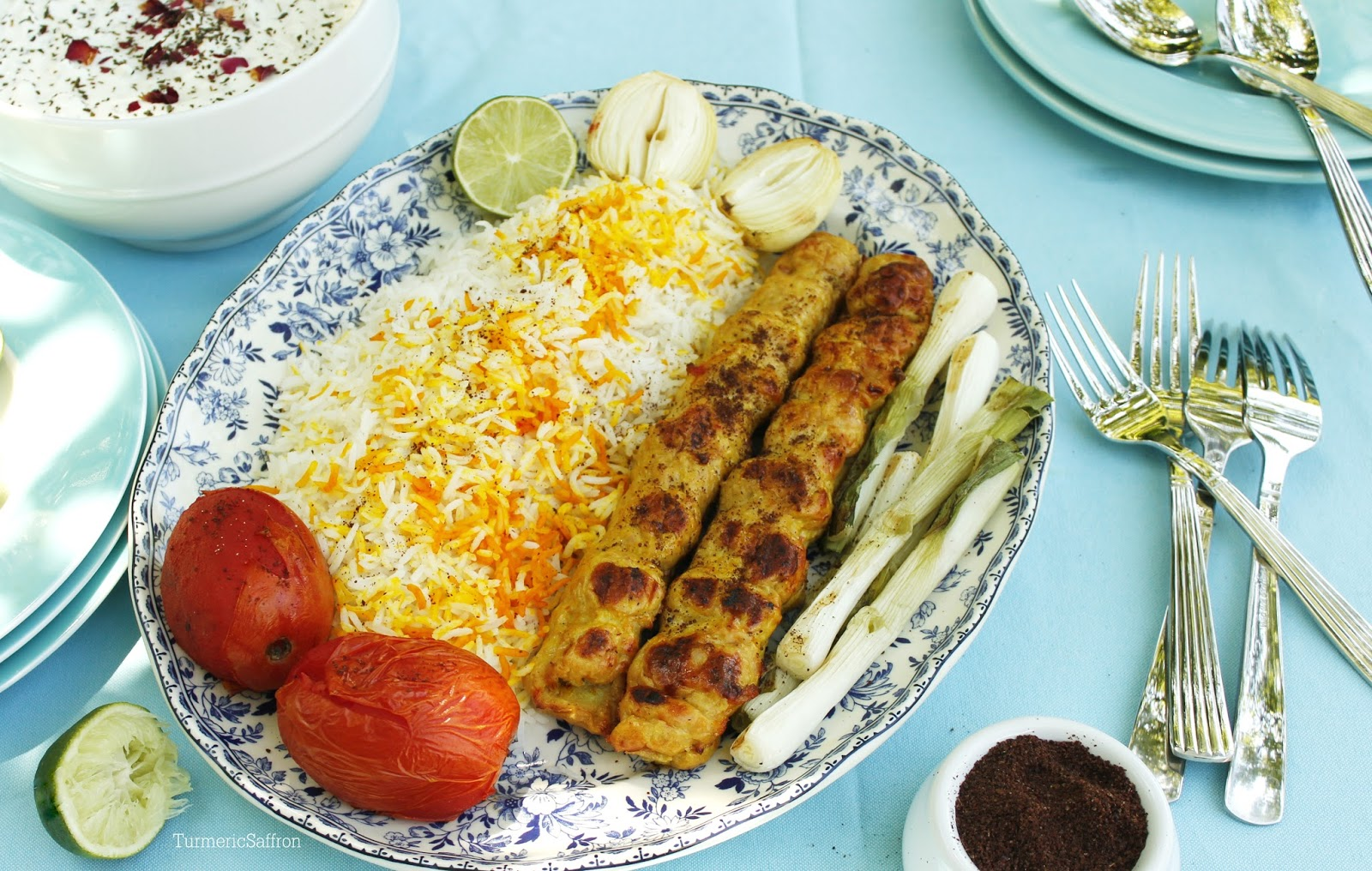 koobideh kabab Kabab koobideh (persian: کباب کوبیده ) or kūbide (persian: کوبیده ) is an iranian meat kabab made from ground lamb or beef, and less commonly chicken, often mixed with parsley and chopped onions.