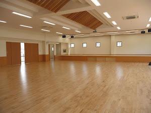 保育園の床に使用したカバ桜無垢フローリング・フロア