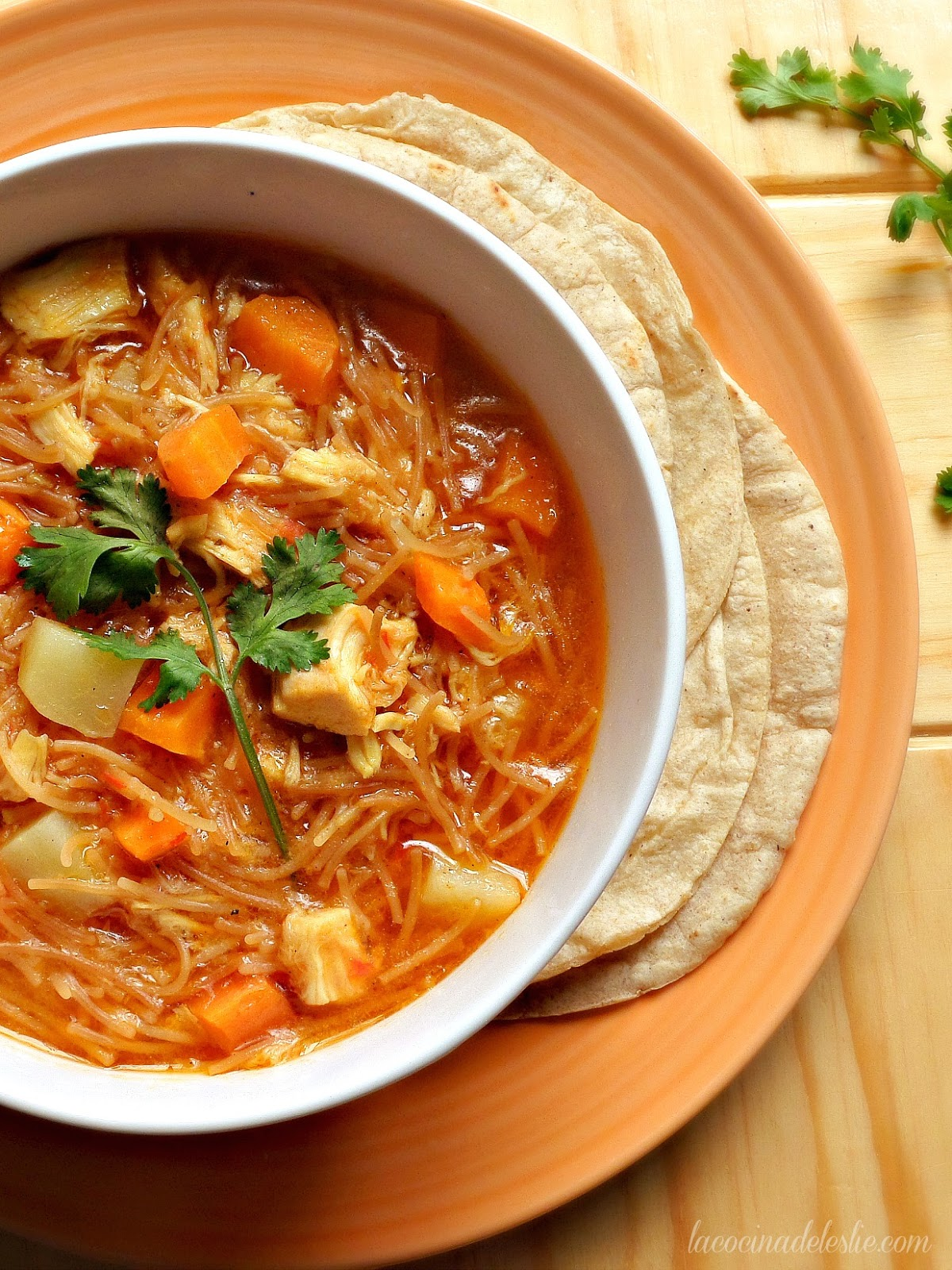 Chicken Vegetable Sopa de Fideo - lacocinadeleslie.com
