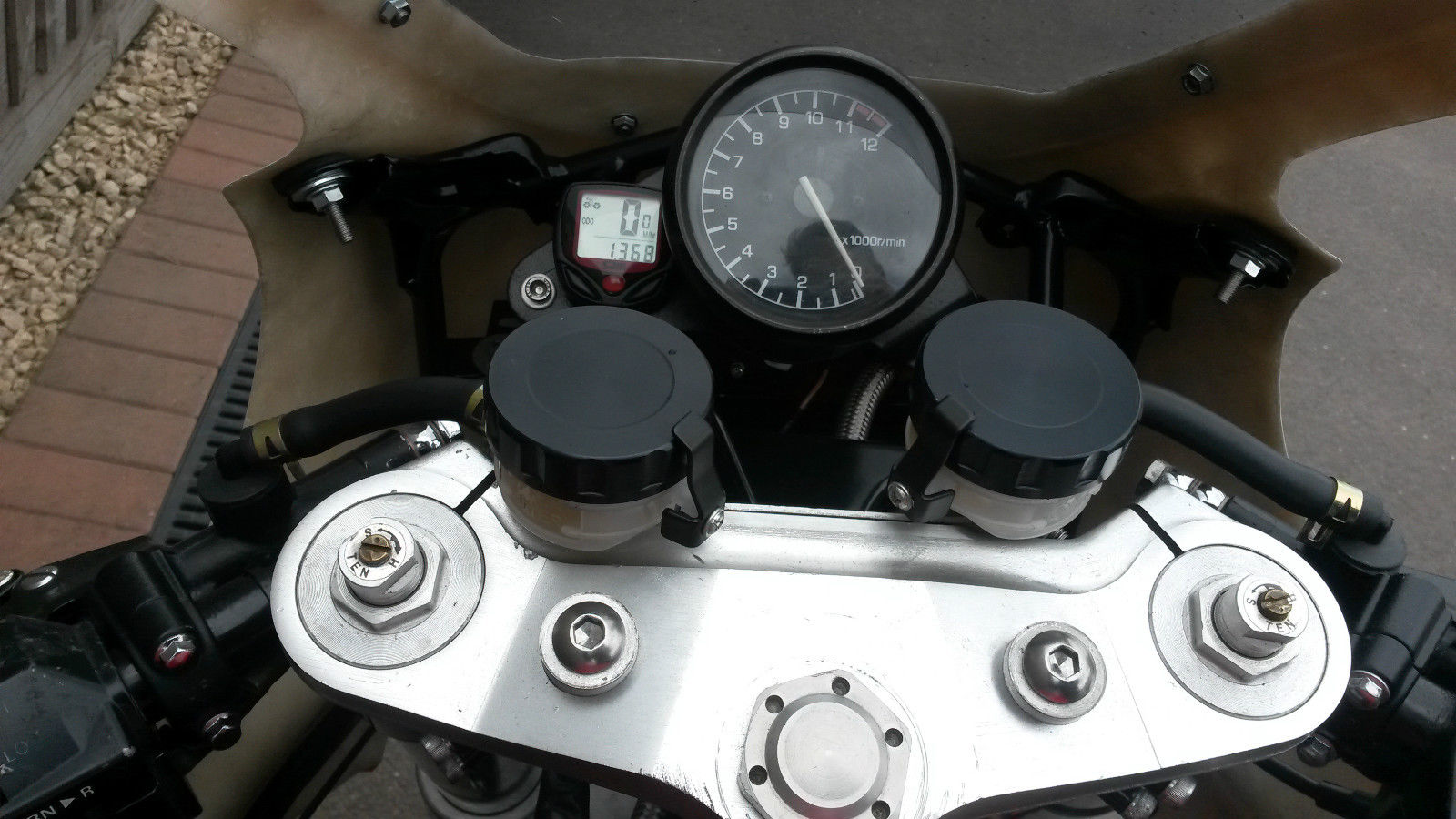 Yamaha Fz 750 2mg Rocketgarage Cafe Racer Magazine Daytona Instruments Speedo Wiring Diagram