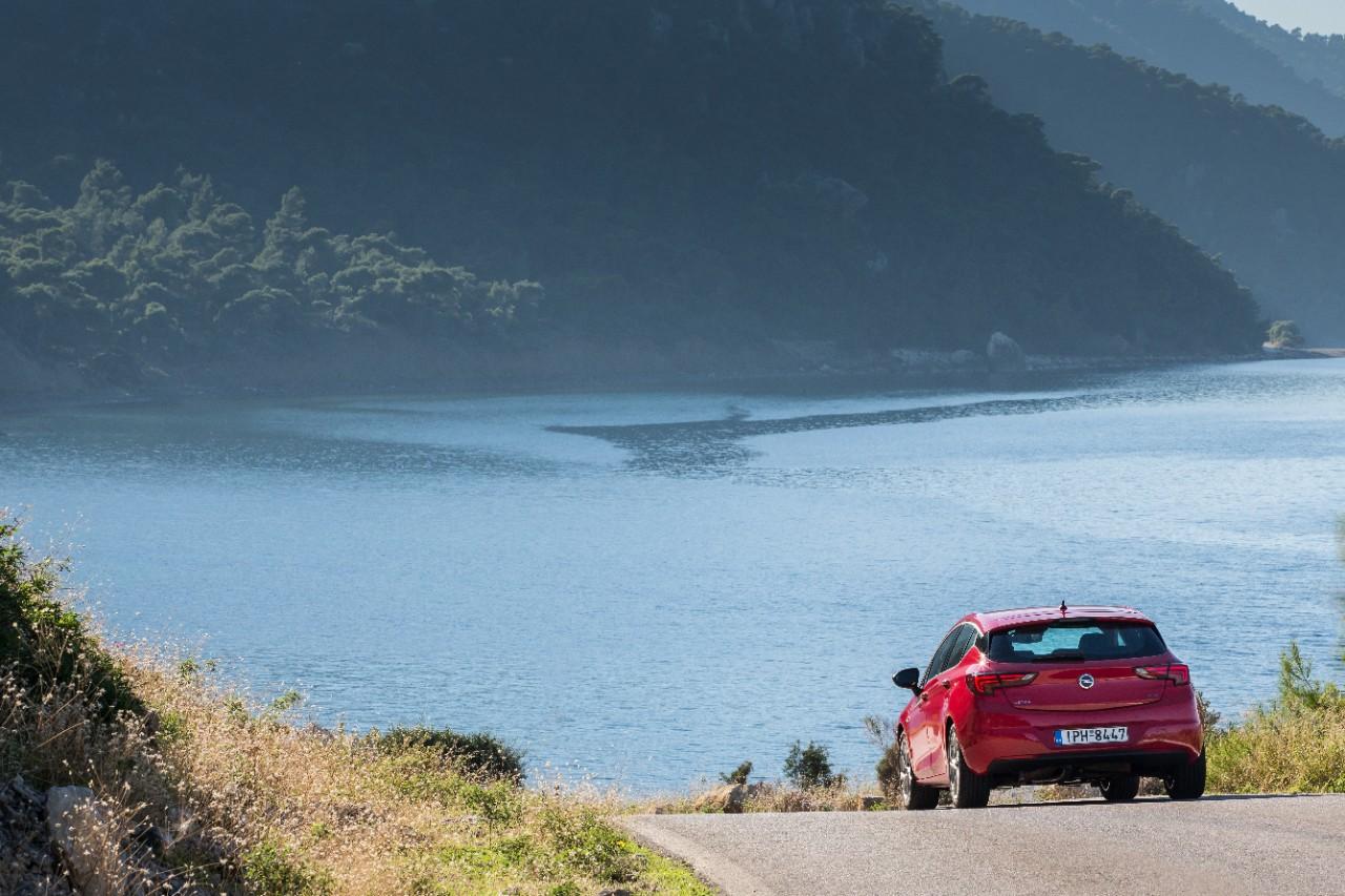 cq5dam.web.1280.1280%252817%2529 Στην Ελλάδα το νέο Opel Astra