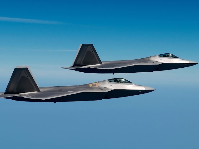 F-22 Raptors 4K HD Desktop Wallpaper for 4K