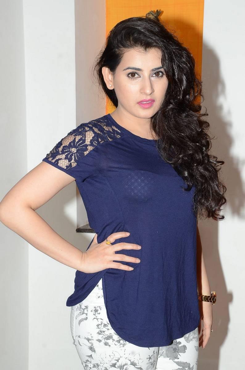 Veda Latest Gorgeous Stills In Blue Dress