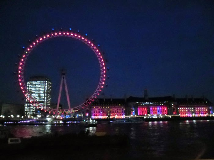 London At Christmas Time.5 Things To Do In London During Christmas Time Wanderwings