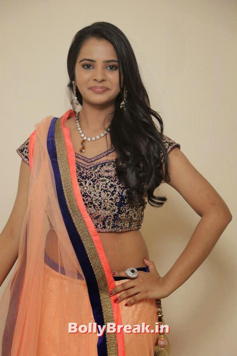High Quality Manasa Pics, Actress Manasa hot Photos in Backless Choli & Lehenga