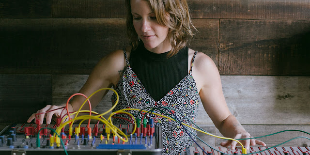 Hier is Kaitlyn Aurelia Smith