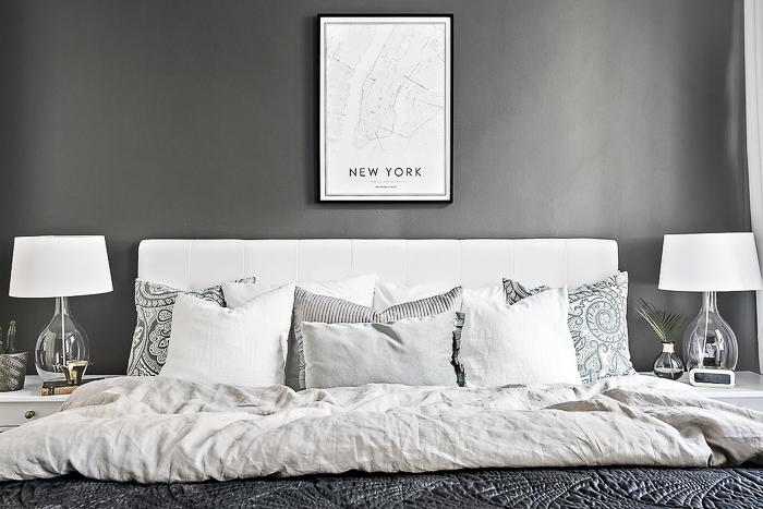 Decoraci n una cocina integrada en tonos blanco y gris - Cojines cama matrimonio ...