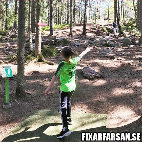 testar-frisbee-golf-med-barn