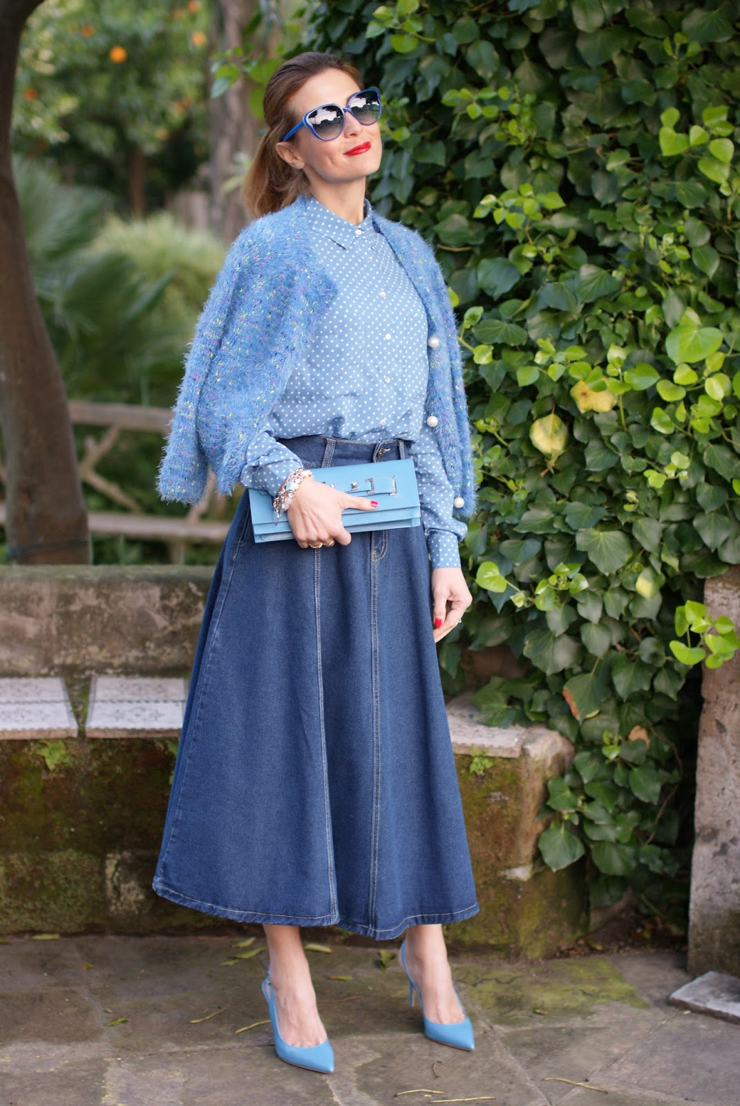 midi jeans circle skirt on Fashion and Cookies fashion blog, fashion blogger style