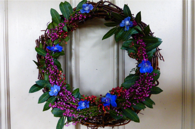 styling the seasons november, fresh flower wreath, flower wreath