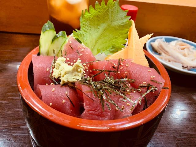 青森朝市壽司-大間產黑鮪魚丼飯