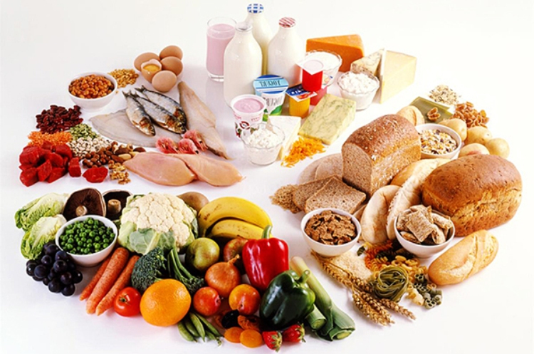 Đảm bảo một chế độ ăn uống hợp lý trước, trong và sau điều trị ung thư giúp người bệnh duy trì sức khỏe