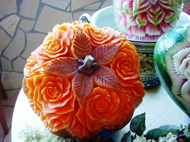 Stepford Sisters: Carving your JackO'Lantern - photo#39